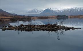 горы, вершины, снежные, озеро, островок, гладь воды, отражение
