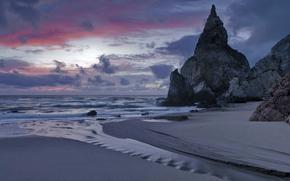 Португалия, море, берег, песок, прибой, скалы, вечер, сумерки, закат, небо, облака, тучи