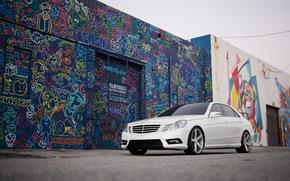 bianco, anteriore, graffiti, Mercedes, berlina, Sintonia