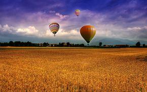 поле, воздушные шары, облака