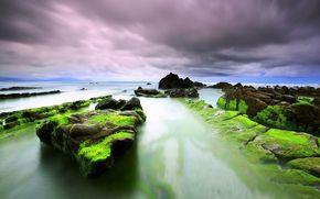 mar, rocas, las nubes