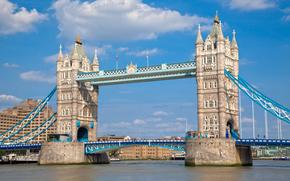 Puente de la Torre, Londres, Ciudad
