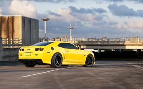 Vue arrire, jaune, lumires, Camaro, Chevrolet, Chevrolet, parking