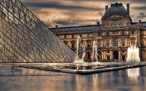 fountain, Cloudy, pyramid, Paris, clouds, France, people, Louvre, museum
