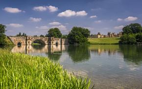 река, трава, мост, замок, солнечно, арки, облака, деревья