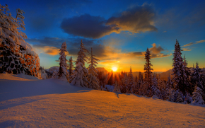 tramonto sul Monte Rainier, Mount Rainier National Park, Washington