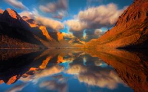 espejo visiones - lago de Santa Mara, Parque Nacional Glacier, Montana