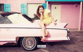 Chloe Moretz, blond, car