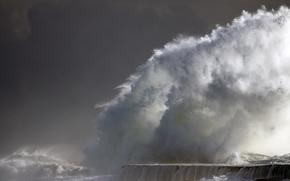 groyne, storm, spray