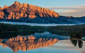Big Orange Montaña, Antracita, Parque Nacional Banff, Alberta, Canadá