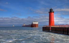 Stewart J.Cort, Ship, Milwaukee, Pierhead, Lighthouse