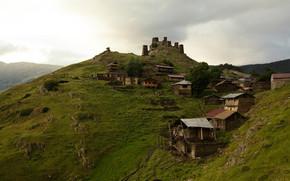 Omalo, Tusheti, colline, Georgia