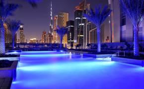 city, Dubai, naght, pool, город, Дубай, вечер, дома, высотки, бассейн, отель, марриоот, лежаки, пальмы.