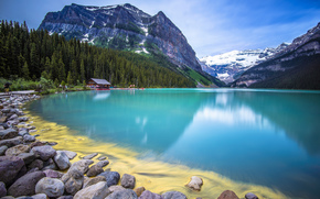 Montanhas, floresta, lago, pedras, casa