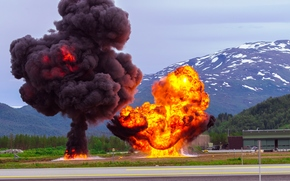 Norway 2013, горы, дорога, военные учения, взрывы