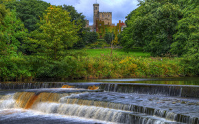 Hornby castle, Wenning river, Hornby, Lune Valley, Lancashire, england, GB