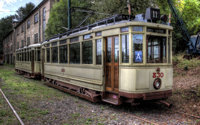Tram, tram, old electric streetcar, HDR