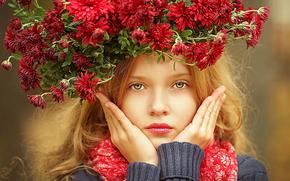 PEOPLE, LITTLE, GIRL, MODEL, FEMALE, FLOWERS, BEAUTY, SIMPLE