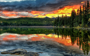 Pyramid Lake, Jasper National Park, Alberta, Canada, Альберта, Канада, озеро, закат, отражение, лес, дно, пейзаж