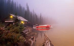 Lake Louise, озеро, домик, туман, лодки, пейзаж