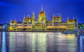 Hungarian Parliament, night lighting, Budapest