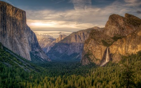 Yosemite National Park, Montagne, alberi, paesaggio