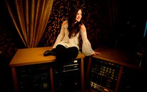 singer, actress, studio