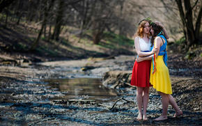 sisters, country, Russia, Ukraine, understanding, world, friendship, flags Dresses, Girls