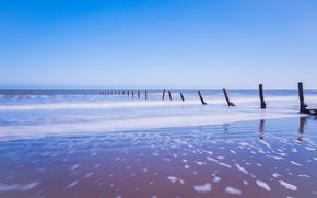 Англия, песок, голубое, опоры, берег, пена, небо, Великобритания, море