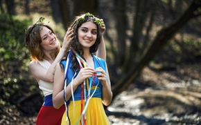 world, flags Dresses, Russia, Girls, calm, sisters, Ukraine, friendship, country