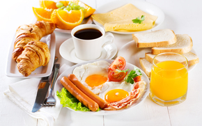 bread, breakfast, Toasts, bagels, bacon, tomatoes, cheese, oranges, sausages, juice, croissants, scrambled eggs, coffee