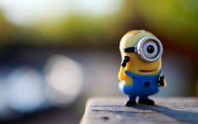 Statuette, Macro, minion, Lowdown I, eye