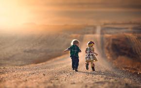 бег, детство, мальчик, дорога, радость, девочка