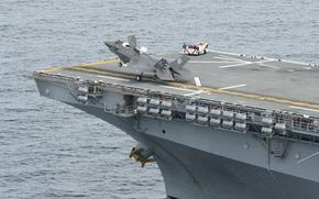 палуба, уникальный, американский, универсальный десантный корабль, опытный полёт, взлёт, истребитель