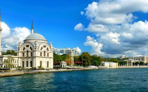 Турция, красивый вид на море Босфор, мечеть Долмабахче, панорама, мусульмане, природа, пейзаж, Стамбул, здания, города