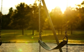 полноэкранные, листья, листва, красиво, фон, качеля, цепочка, широкоэкранные, день, зелень, настроения, качели, деревья, обои, дерево, широкоформатные, цепь, солнце, лучи
