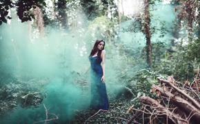 лес, бурелом, платье, девушка, дым