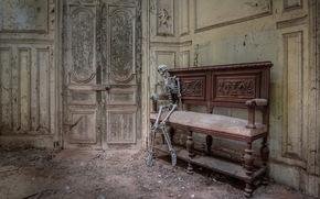 скелет, дверь, интерьер