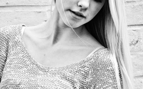 Aurora Mohn Stuedahl, weiße Schönheit, blond