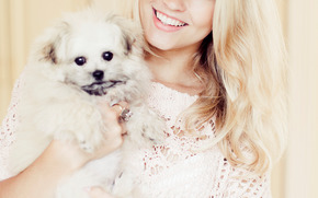 Emilie Nereng, beleza branco, loiro
