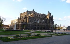 Дрезден, Германия, театр