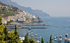 Amalfi, seaside town in the Gulf of Salerno, in the Italian province of Salerno