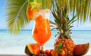 summer cocktail, palm, pineapple, fruit