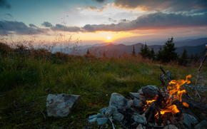 Карпаты, вечер, костер, Украина, горы