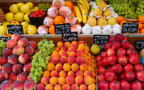 main, counter, year, to, strawberries, fruit, fruit, peaches, this, showcase, pears, grapes, food, maintain, street market, bananas, condition, fresh, round, apples, apricots, Nectarines, tags, oranges, tangerines, market