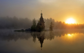 Russia, nebbia, chiesa, mattinata