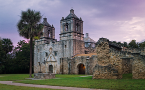 Mission Concepcion at sunrise, San Antonio, Texas