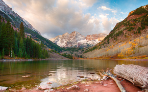 Maroon Lake, lago, Montagne, alberi, paesaggio