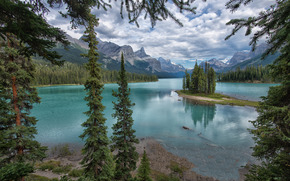 Maligne Lake, Jasper National Park, jezioro, drzew, krajobraz