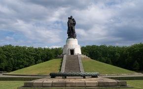 Германия, Берлин, парк, памятник, воин, освободитель, солдат, СССР
